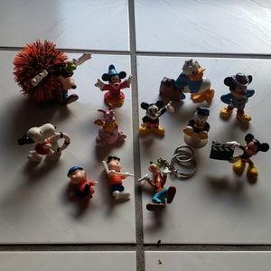 Vintage rare Disney and Snoopy figurines (12)